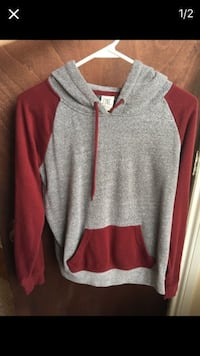 grey and red pull over hoodie Berwyn, 60402