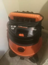 red and black Black & Decker vacuum cleaner South Gate, 90280