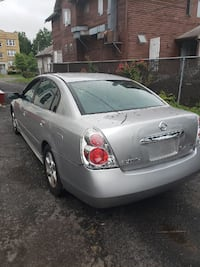 Nissan Altima 2005 GPS 126k•Runs great•