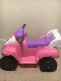 toddler's pink and purple ride on toy Alexandria, 22303