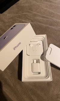 iPhone full charger, earphones and etc w box Burnaby, V5H 4N2