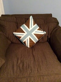 Throw pillow (front & back)