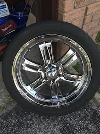 6x114.3 bolt, Hankook tires. 1center piece missing from one rim.  Barrie, L4N 5X8