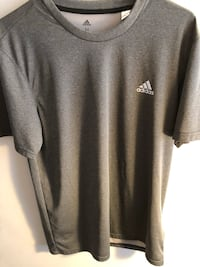 Gray nike crew-neck t-shirt 25 km