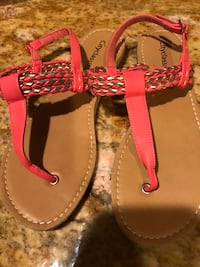pair of brown leather sandals Oxnard, 93030