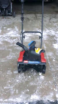 Toro electric snowblower Toronto, M3N 2B1