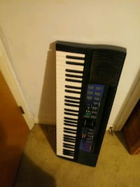 black and white electronic keyboard