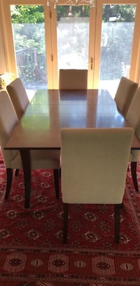 Table and all chairs  excellent condition Calgary, T2V 2E8