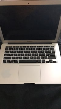 DOES NOT TURN ON! MacBook Air (Mid 2013-High Sierra OS) — for parts or fix Bowling Green, 43402