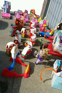 ☆☆☆ LOTS OF KIDS/BABY ITEMS!! ☆☆☆