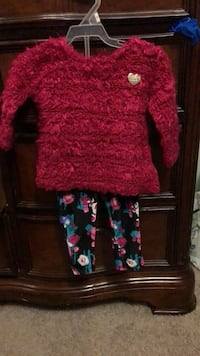 Set long sleeve and pants Kitchener, N2R 0A6