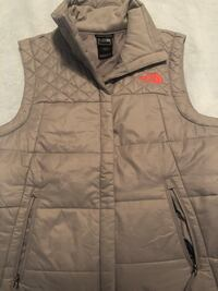 Women's North Face vest size S Surrey, V4N 6R7