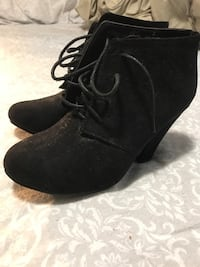 Black&brown high heel shoes (size 6) Port Moody, V3H 5M4