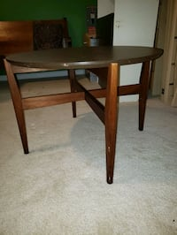 Solid Wood Round Table Kingsville, 21087