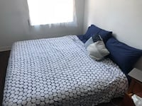 White and black bed sheet Montréal, H2W 1P3