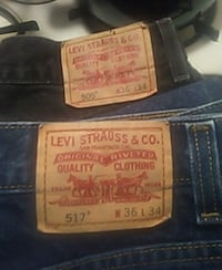 2 pair. Of Levi's. Boot cut jeans Randolph, 02368
