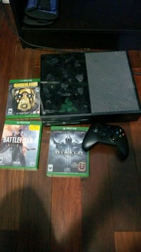 Xbox 1 with games/controller Torrance, 90503