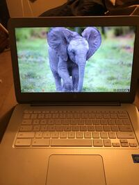 Chrome book has no cd drive does have hdmi ports Beaver, 15009