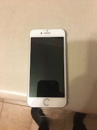 Brand new iPhone 7 silver 32 gbs