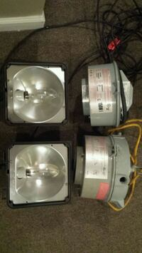 Industrial lights with bulbs prewired  Edgewood, 21040