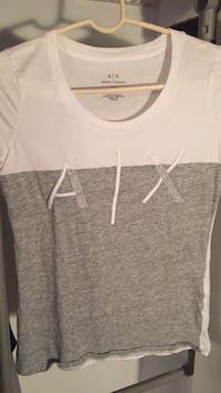 white and gray Armani Exchange crew-neck T-shirt Burke, 22015
