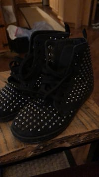 black lace-up wedge booties 463 km