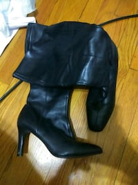 black  boots Chicago, 60601