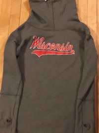 New without Tags Women's Sweatshirt, Sz Large Fort Atkinson