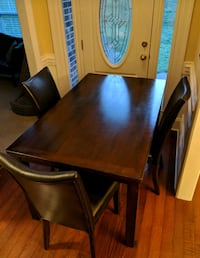Dining Table and 4 Leather Chairs Matthews, 28105