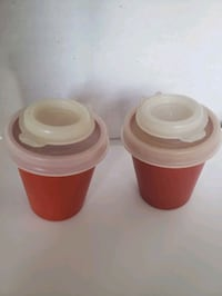 Vintage tupperware s&p midgetshakers