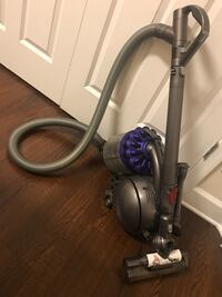 gray and purple canister vacuum cleaner Gaithersburg, 20879