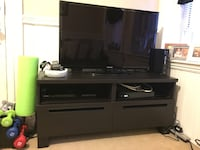 Selling TV stand $20 Boston, 02113