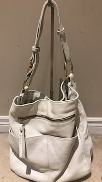 Roots full leather white purse Markham, L6B 0H5