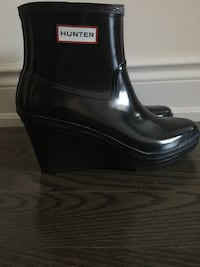 WOMANS HUNTER SIZE 9 boot‼
