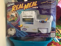Easy bake oven in excellent condition just the box is messed up  Hagerstown, 21740