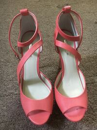 pair of pink leather open-toe ankle strap heels St. Louis, 63118