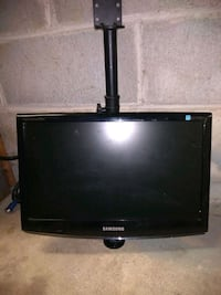 Samsung monitor with wall mount Allentown, 18103