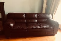 Brown leather 3-seat sofa Leesburg, 20176