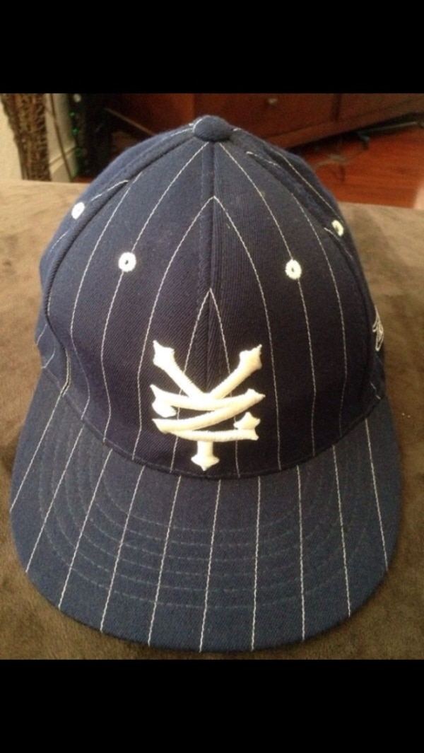 d53c39a1b4917 Used black and white pinstripe baseball cap for sale in San Diego - letgo