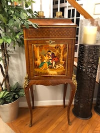 A gorgeou 19th century antique fine French inlaid and bronze mounted Louis XV marble top bar liquor Gainesville, 20155