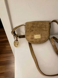 Authentic Michael Kors small crossbody 10/10 Toronto, M2J 1L3