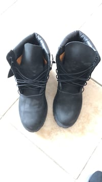 Black timberland boots Vaughan, L4H 0C4