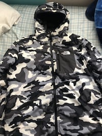 THE NORTH FACE reversible jacket Edmonton, T5X 2R1