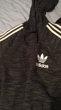 Adidas zip up sweater  Vaughan, L4H 2V4