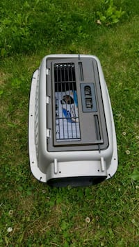 Pet carrier Never used Aurora, L4G