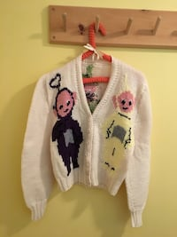 Awesome Hand knit vintage Teletubbies sweater. Toronto, M2M 4J4