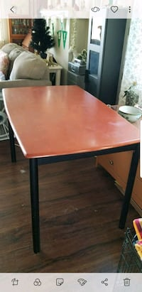 Wooden table. 49 x29, Good condition. Colton, 92324
