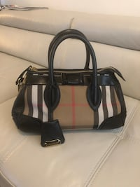 black and gray leather tote bag Markham, L3R