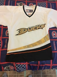 CCM Anaheim Ducks Away White NHL Hockey Jersey size small Mississauga, L5N 7E3