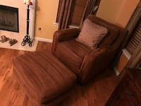 brown fabric sofa chair with ottoman Snellville, 30078